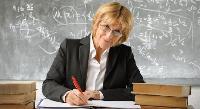 Вчителям планують підвищити зарплати