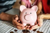 Чому бідні, або Чого українці не знають про свої гроші